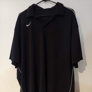 Black 1/4 button down Nike Polo Size XXL